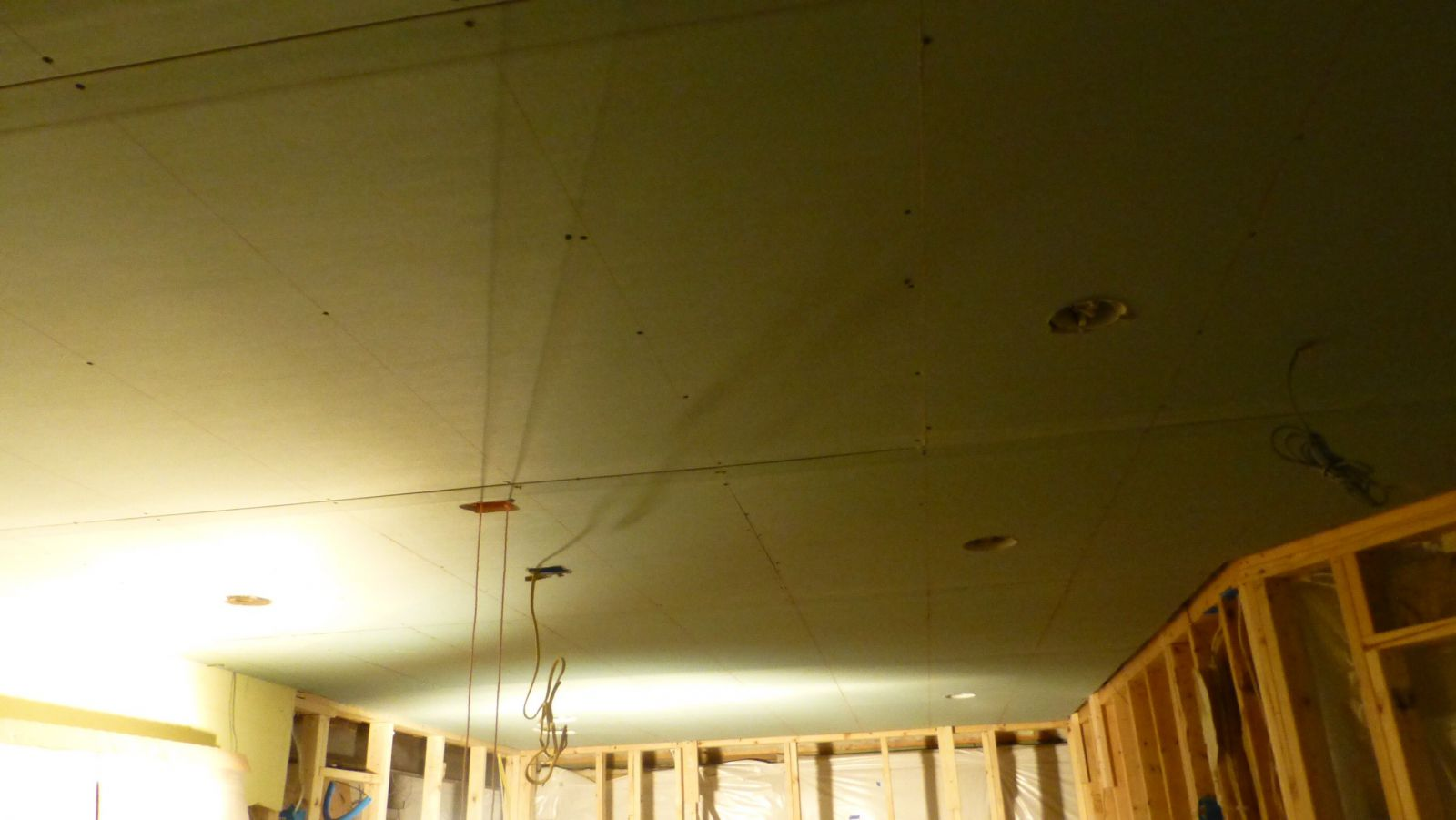 R- Ceiling with double drywall layer on resilient channel - Members ...