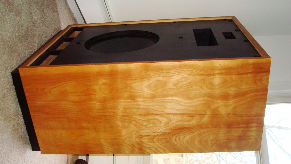 reconditioning and restoring speaker cabinets 2 channel home audio
