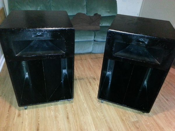 Gone - Vintage Klipsch Lascala Speakers - $800 (Fox Lake, IL