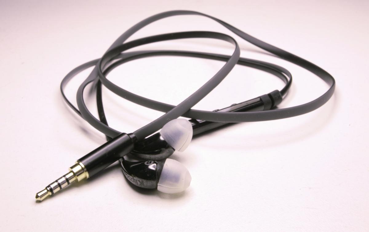 X7i Jack Repair Wiring Help - Headphones