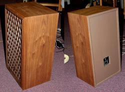 Nova 8b speakers.jpg