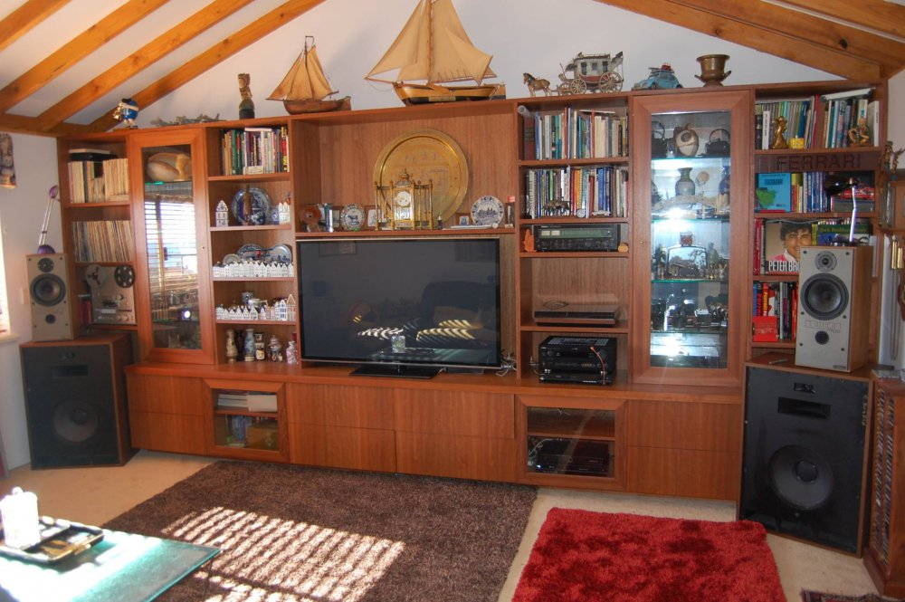 Music TV room.jpg