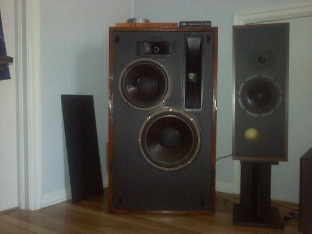 speakerlab2.jpg