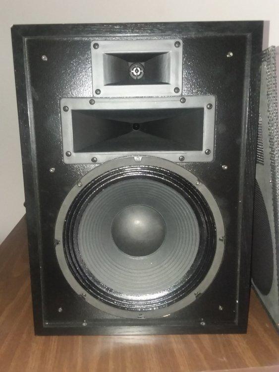 Speaker H3 1.jpg