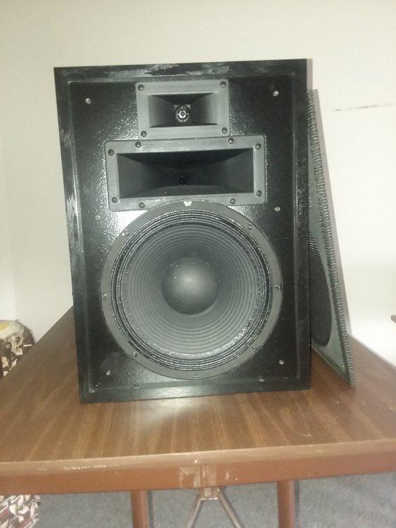 Speaker H4 1.jpg