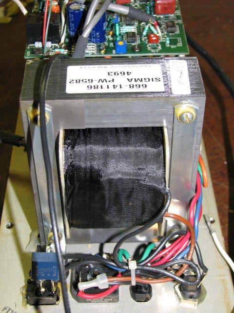 SW12_transformer.JPG.9373902214992b4c6f80bb5fa7e91735.JPG