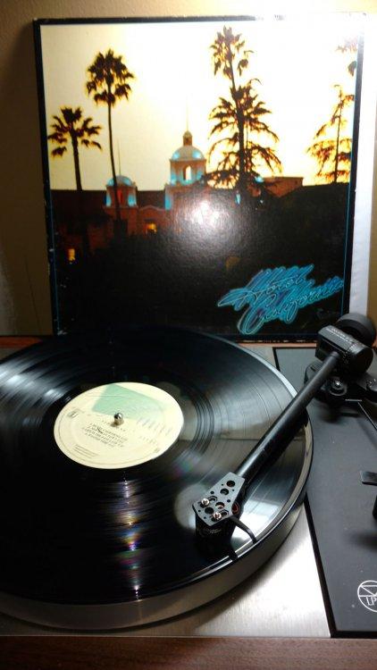 Eagles-Hotel California.jpg