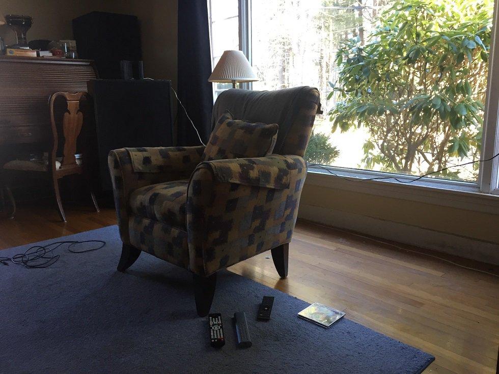 Single Seat Away from Window 2.jpg