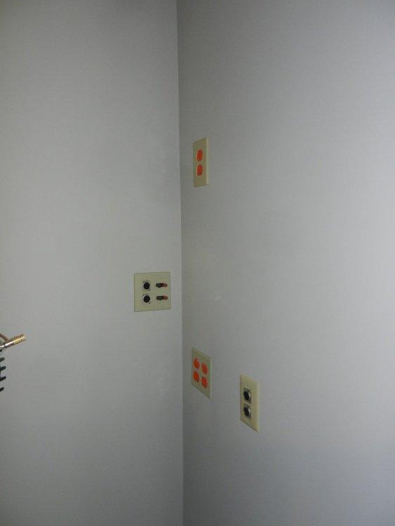 Corner 1.jpg