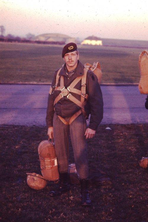 DEC 1975 Brit baloon jumper.JPG