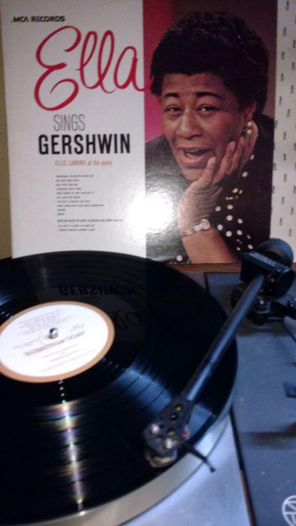 Ella Fitzgerald - sings Gershwin.jpg
