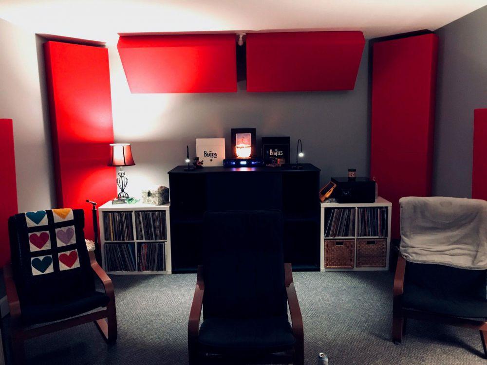 Erik Room.jpg