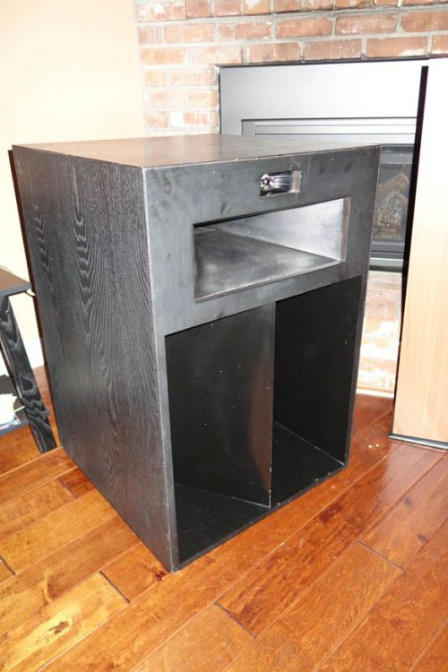 Lascala Speaker.jpg