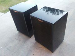 Heresy 2 in piano black lacquer