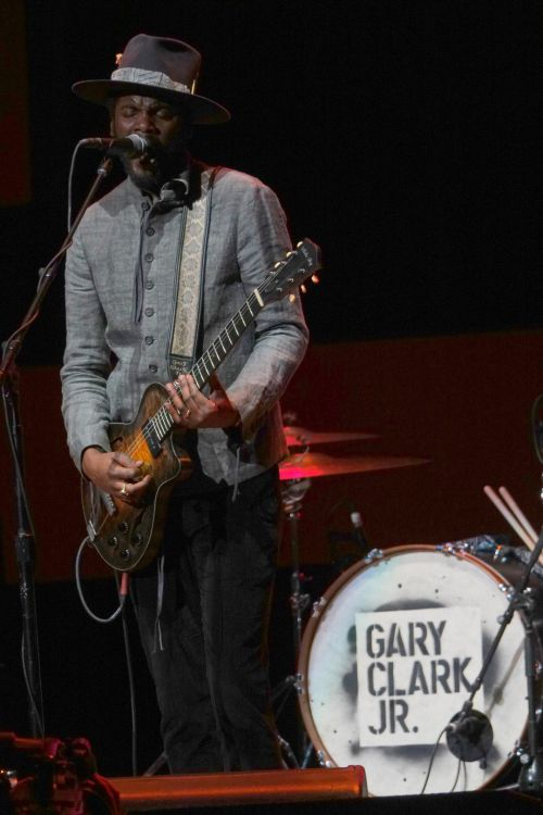 Gary Clark Jr (Large).jpg
