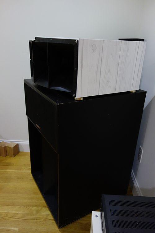 speakers03.jpg