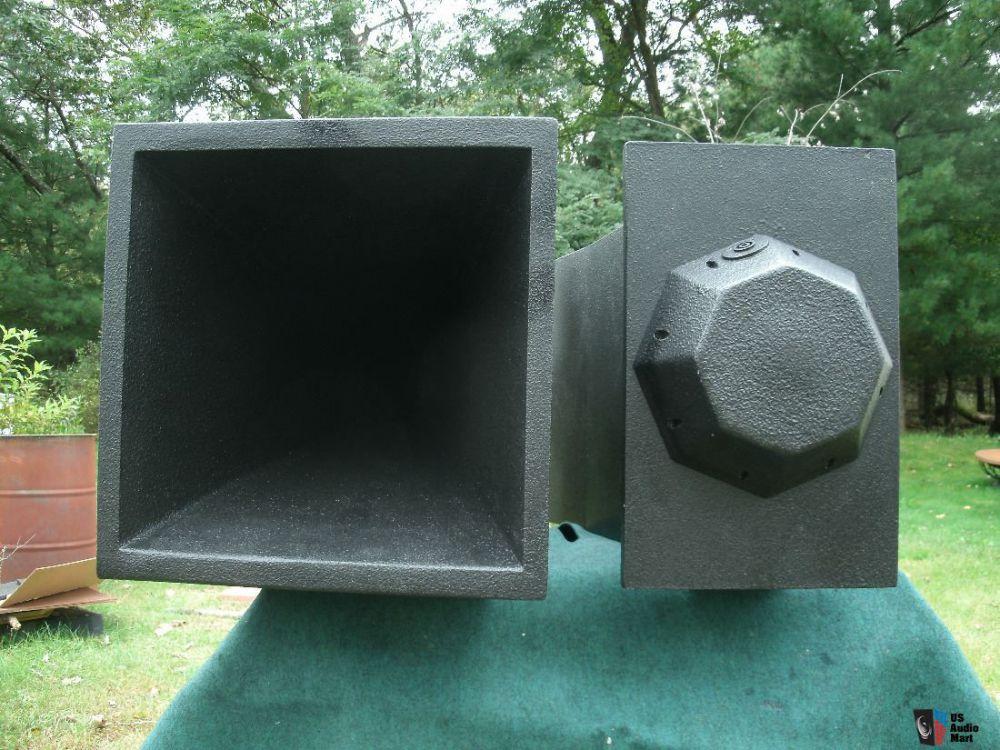 1355406-inlow-sound-135hz-midbass-horns.jpg
