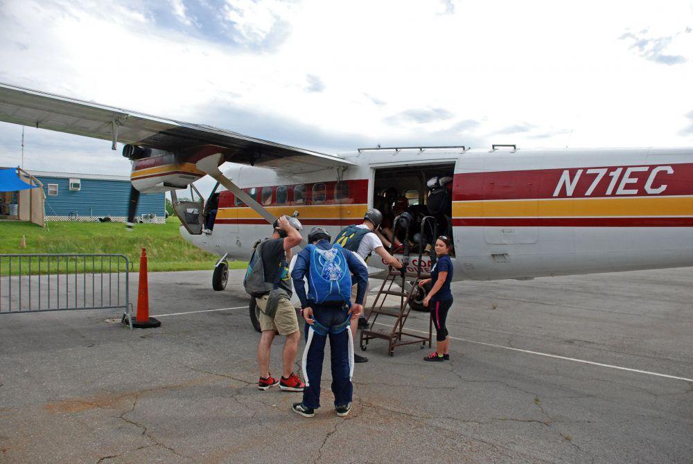 troy flying-222.JPG