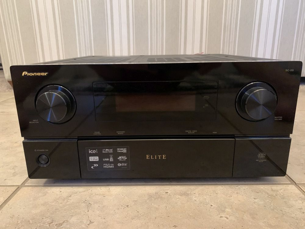 Pioneer Elite SC-05 front.jpg
