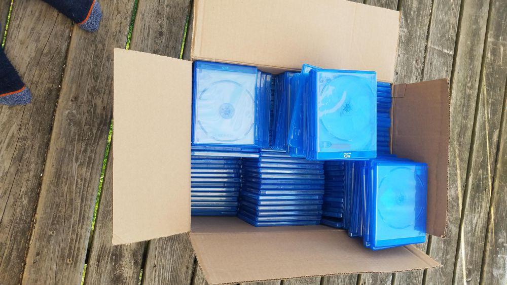 194 Empty blu-ray cases for $2-4032x2268.jpg