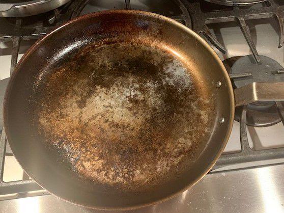 carbon steel pan.jpg