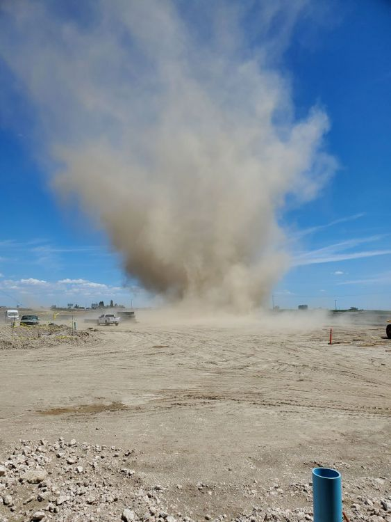 Tornado 5.jpg